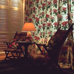 Schlafzimmer Einbauschrank tropisch Sitzlounge
