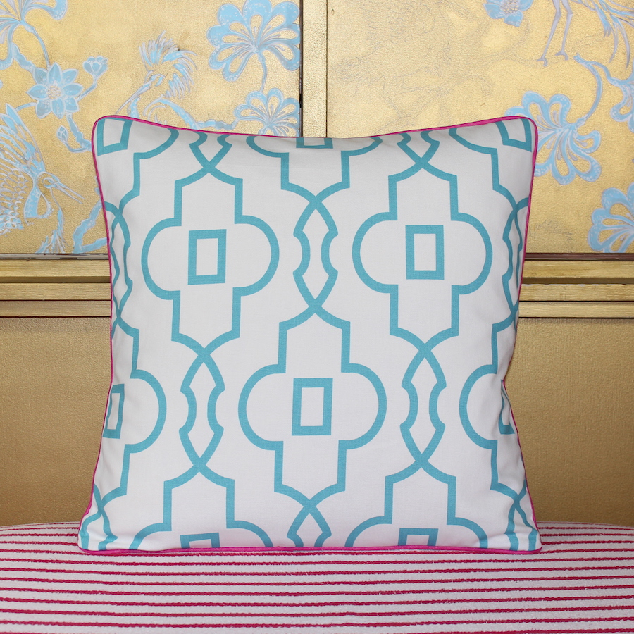 palm beach trellis pink kissen pineapple lane interior design by julia bekker. Black Bedroom Furniture Sets. Home Design Ideas